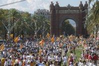 Aspecto del paseo de Lluís Companys durante la concentración convocada por la Asamblea Nacional Catalana y Òmnium Cultural para la Diada de 2016.